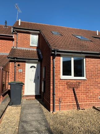 2 bed terraced house to rent in Linnet Rise, Kidderminster DY10