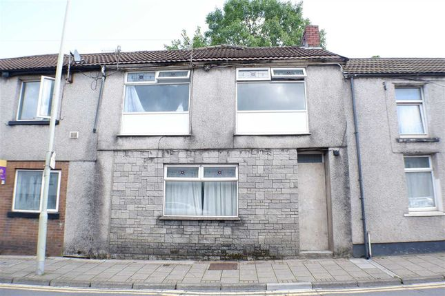 Main Picture of Llewellyn Street, Pentre CF41
