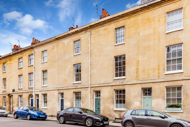 Thumbnail Terraced house for sale in St. John Street, Central Oxford