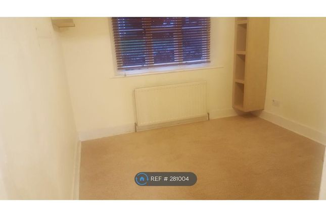 Thumbnail Flat to rent in London Road, Harrow On The Hill