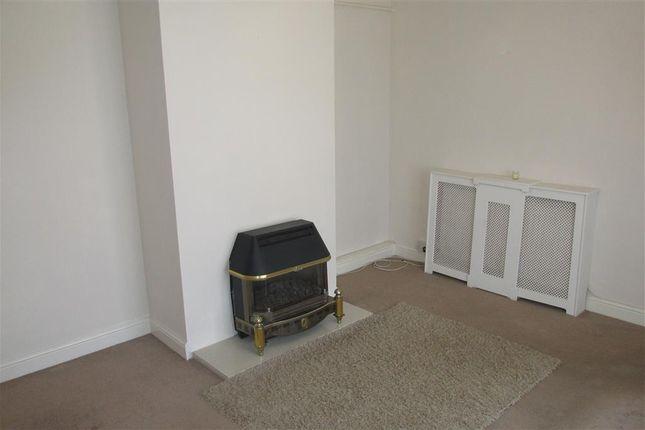 Thumbnail Property to rent in Caergynydd Road, Waunarlwydd, Swansea