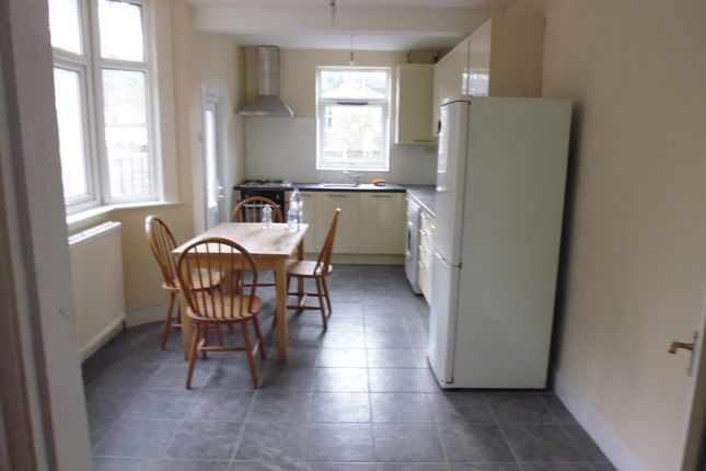 Thumbnail Terraced house to rent in Cranbrook Park, Wood Green