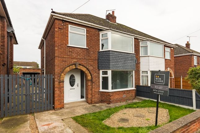 Thumbnail Semi-detached house to rent in Copse Road, Scunthorpe