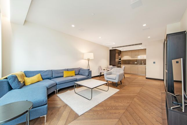 1 bed flat for sale in Balmoral House, Earls Way, London SE1