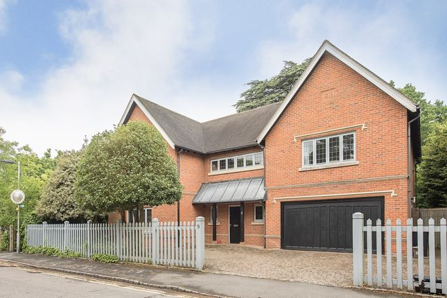 Thumbnail Detached house to rent in Orchehill Rise, Gerrards Cross