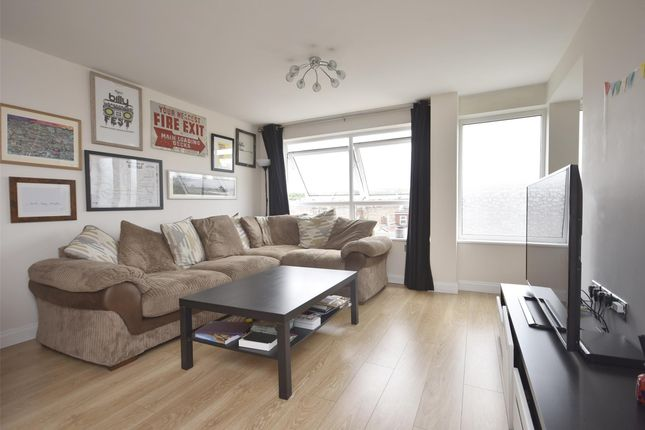 Lounge of Cotswold Road, Windmill Hill, Bristol BS3