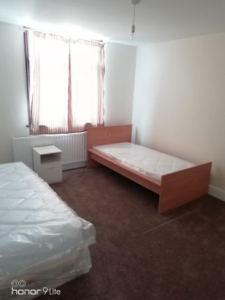 Thumbnail Flat to rent in Ripple Road, Barking