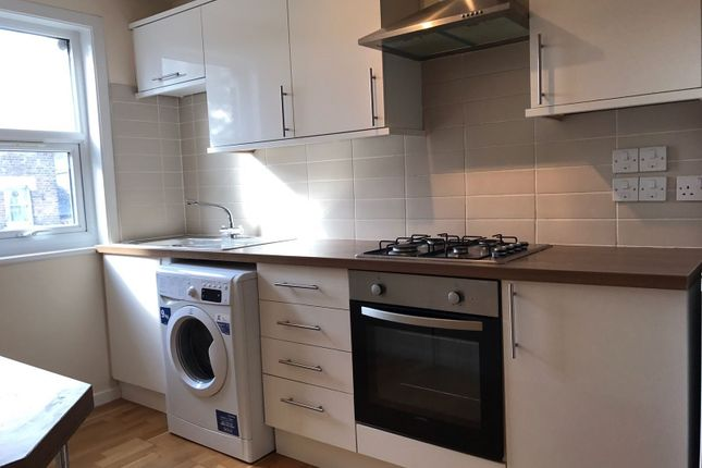 Thumbnail Flat to rent in Brailsford Road, Brixton