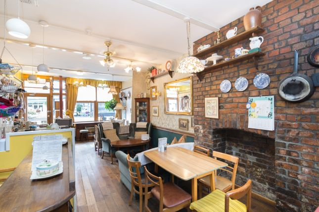 Thumbnail Restaurant/cafe for sale in The Broadway, London