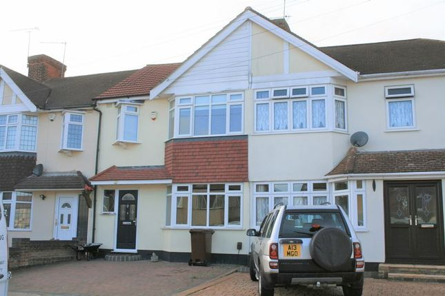 Thumbnail Property to rent in Ferndale Road, Collier Row, Romford