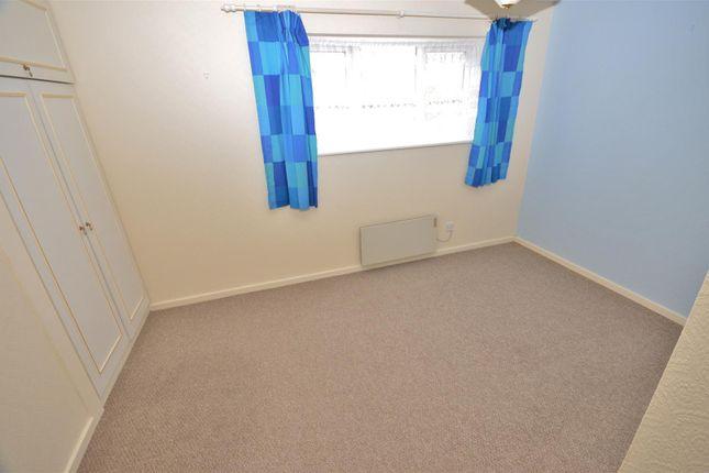 Bedroom of Penda Close, Luton LU3