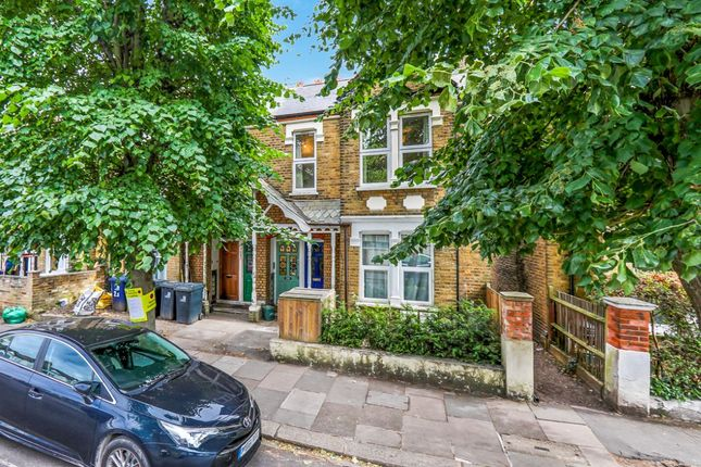 Thumbnail Terraced house to rent in Temple Road, London