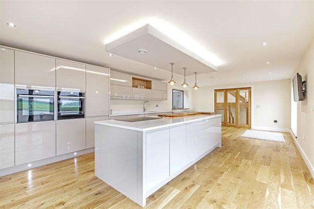 Cedar House-24 of Tinkley Lane, Alton, Chesterfield S42