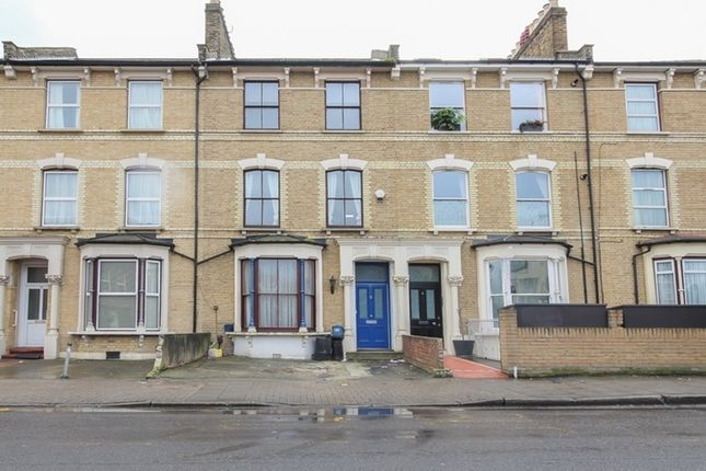 5 bed terraced house for sale in Brooke Road, London, London