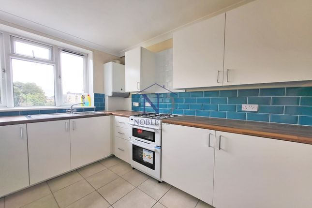 Thumbnail Flat to rent in St. Pauls Road, Brentford