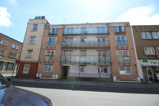 2 bed flat to rent in Elm Grove, Southsea