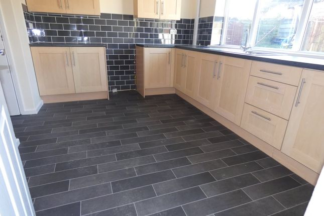 3 bed terraced house to rent in Wellstock Lane, Little Hulton, Manchester