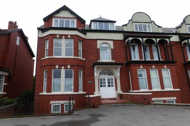 Thumbnail Flat to rent in 79 Promenade, Southport