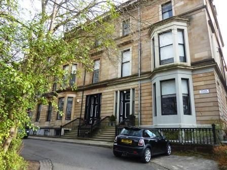 Thumbnail Flat to rent in Crown Gardens, West End, Glasgow