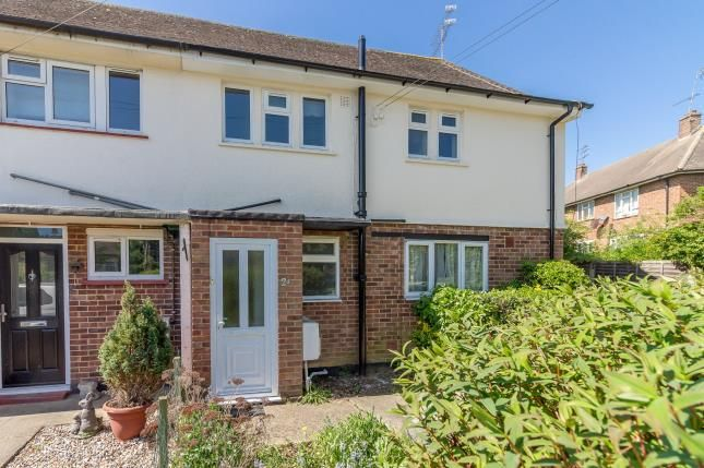 Thumbnail Flat for sale in Rayleigh, Essex