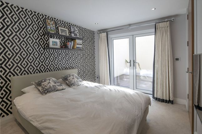 Guest Bedroom of Dinton Road, Kingston, Surrey KT2