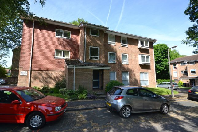 Thumbnail Flat for sale in Bloxworth Close, Wallington
