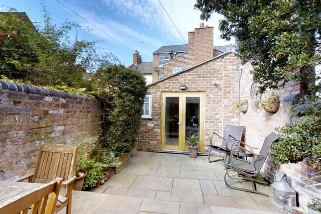 Thumbnail Terraced house for sale in King Street, Chester