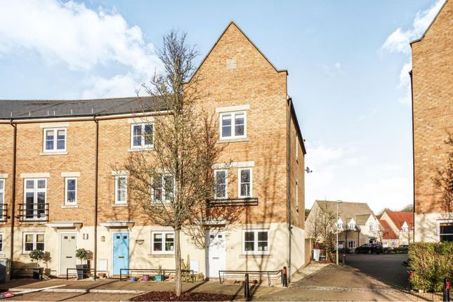 Thumbnail Town house for sale in Parkers Circus, Chipping Norton