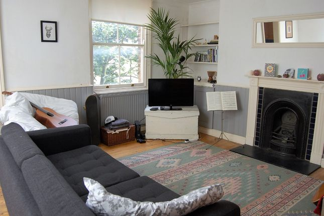 2 bed flat for sale in Camberwell Road, London SE5