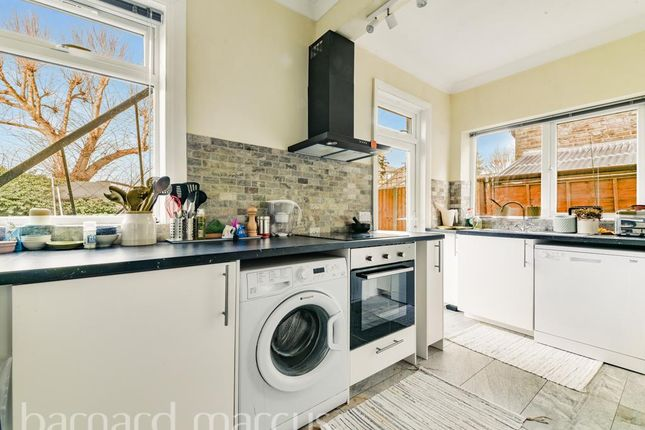Thumbnail Property to rent in Vicarage Gardens, London