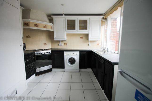 Thumbnail Flat to rent in Caletock Way, London