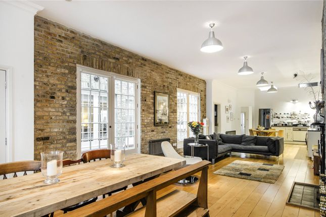 Thumbnail Flat for sale in Clapham Manor Street, London