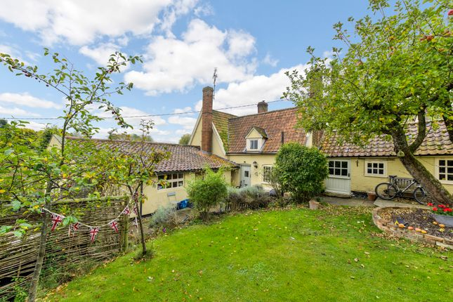Thumbnail Cottage for sale in Rattlesden, Bury St Edmunds, Suffolk