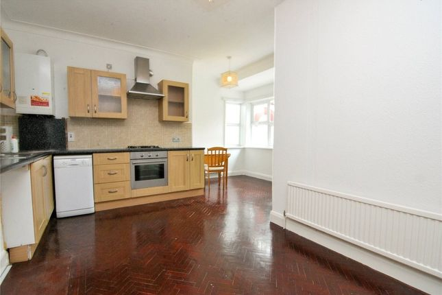 Thumbnail Detached bungalow to rent in Creighton Avenue, Muswell Hill, London