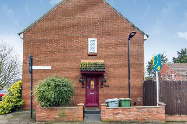 Find 2 Bedroom Houses For Sale In London Zoopla