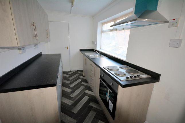 Kitchen of Tindale Crescent, St Helen Auckland DL14