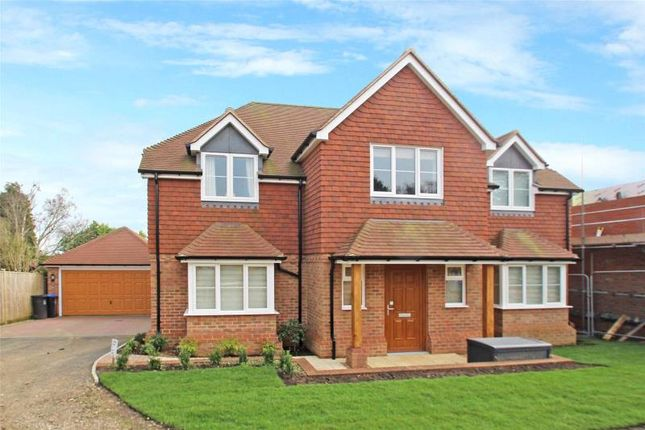 4 bed detached house for sale in Mill Lane, High Salvington, Worthing