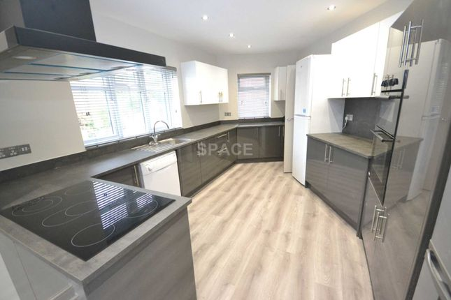 Thumbnail Semi-detached house to rent in Allcroft Road, Reading