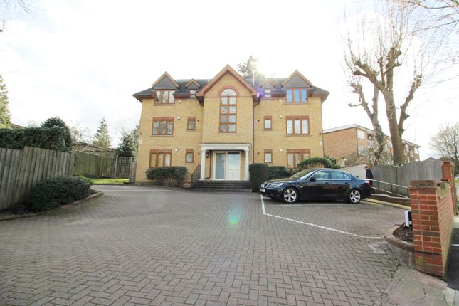 2 bed flat to rent in Culverlands Court, London
