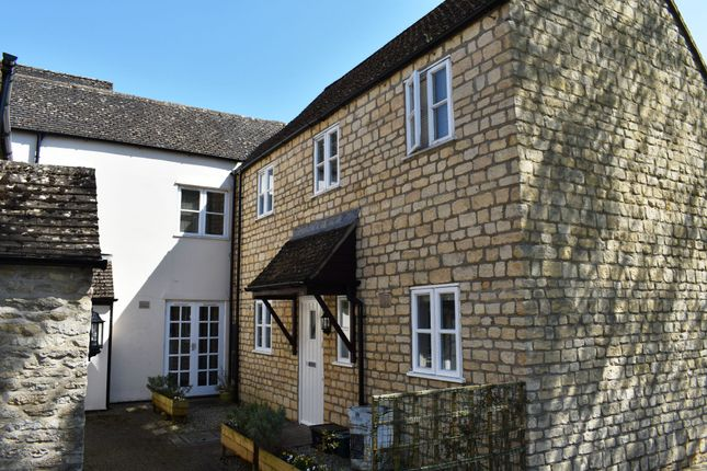 Thumbnail Flat to rent in Gloucester Street, Cirencester