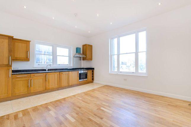 Thumbnail Maisonette to rent in Berrylands Road, Surbiton