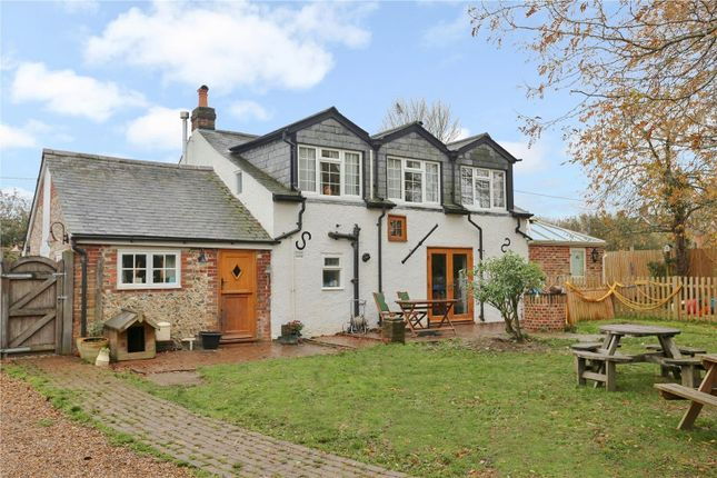 Thumbnail Cottage for sale in New Road, Swanmore, Southampton
