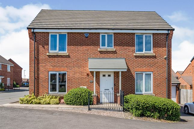 4 bed detached house for sale in Chandler Drive, Kingswinford DY6