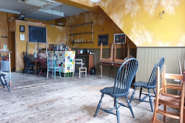 Thumbnail Restaurant/cafe for sale in Lower Clapton Road, London
