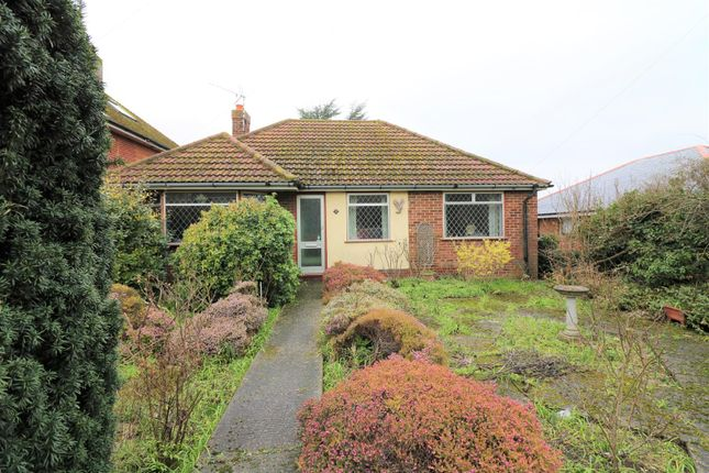 3 bed detached bungalow for sale in Woodnesborough Road, Sandwich CT13