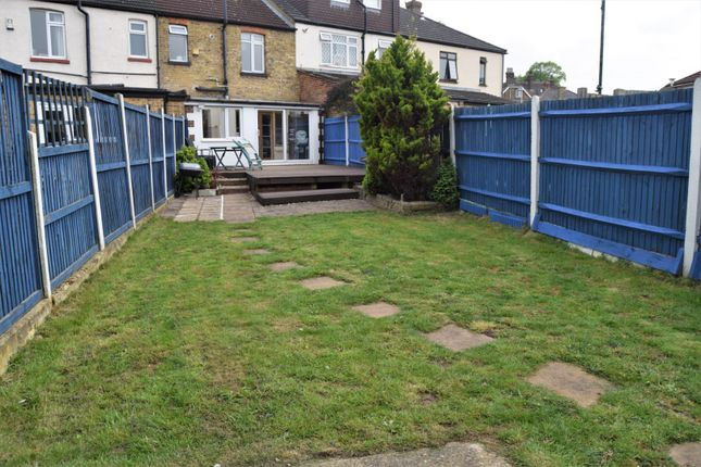 Garden of Wyles Road, Chatham ME4