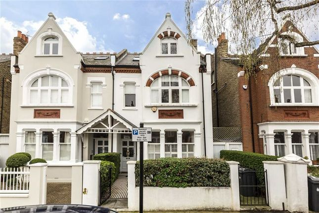 Thumbnail Property to rent in Airedale Avenue, London