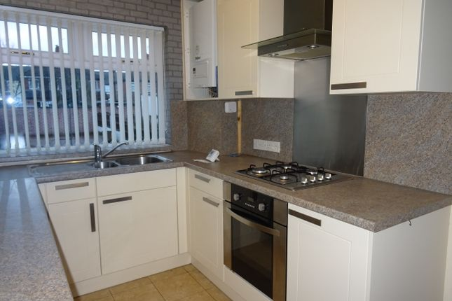 2 bed semi-detached house to rent in Lister Street, Clifton, Rotherham