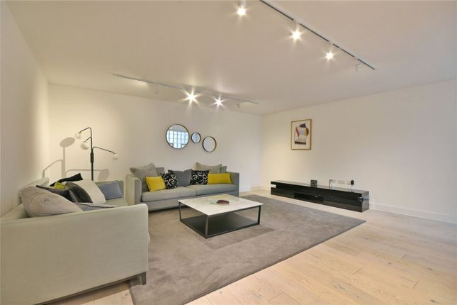 Thumbnail Flat to rent in Liverpool Road, Islington
