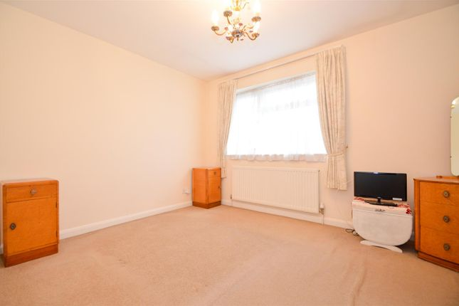 ## Bedroom 1 of Alma Road, Eccles, Aylesford ME20